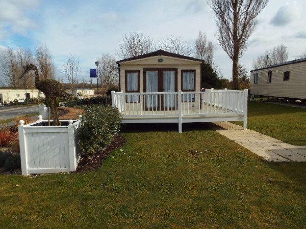 New  Static Caravan Holiday Hire At Marton Mere Blackpool Lancashire